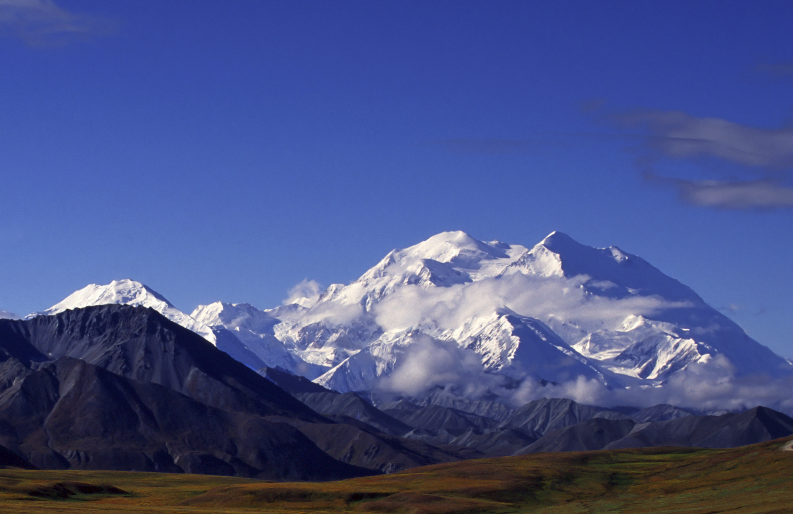 Alaska It S Hot Cool Adventure In Cruises And Tours Pathfinders Travel Magazine